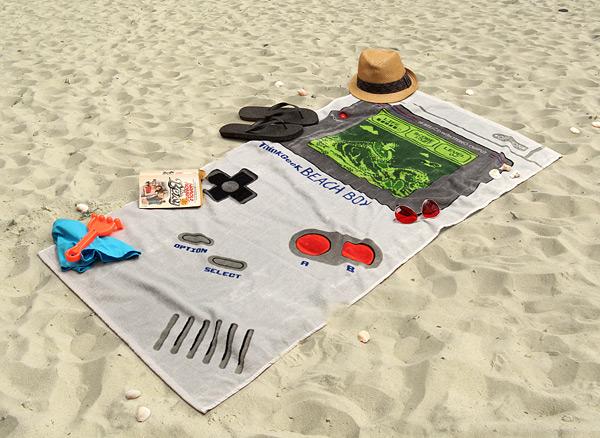 125_thinkgeek_beach_boy_towel_inuse