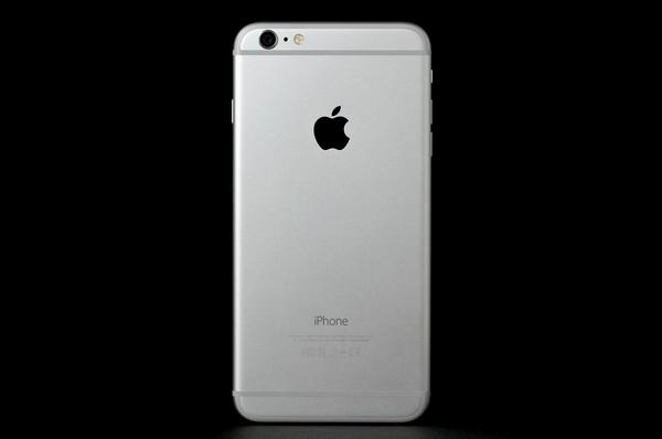 iPhone 6 機背