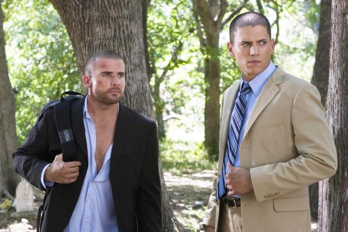 PRISON BREAK, Dominic Purcell, Wentworth Miller, 'Manhunt', (Season 2, airing August 21, 2006), 2005