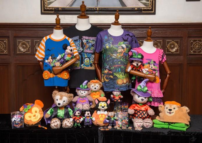 Disney Haunted Halloween Merchandise_Group Photo_10
