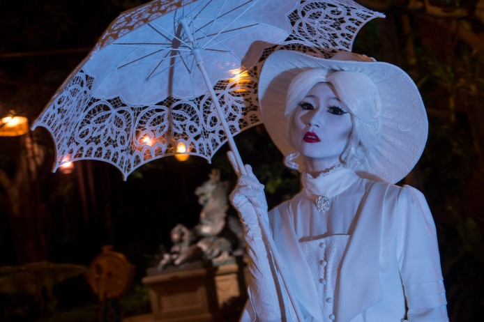 Disney Haunted Halloween_Mystic Point_Cycle of the Spirits_Society Lady_3