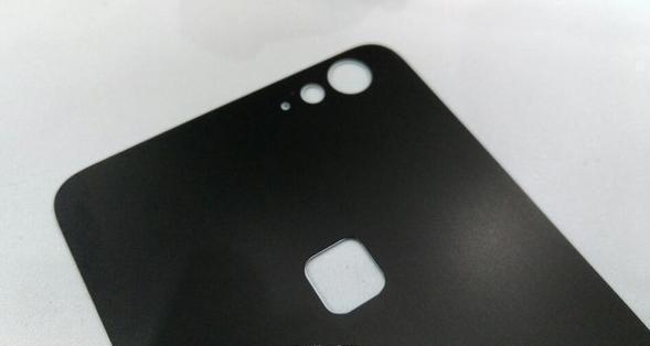 又有傳 Letv 超級手機二代會改用雙面玻璃機身,並繼續設有指紋解鎖。