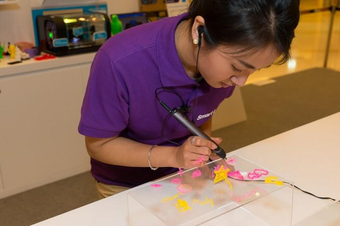 將於指定日期舉行3D立體繪畫工作坊,教授 3D 繪畫筆的使用方法,參加者可以發揮個人創意製作獨一無二的3D鎖匙扣。