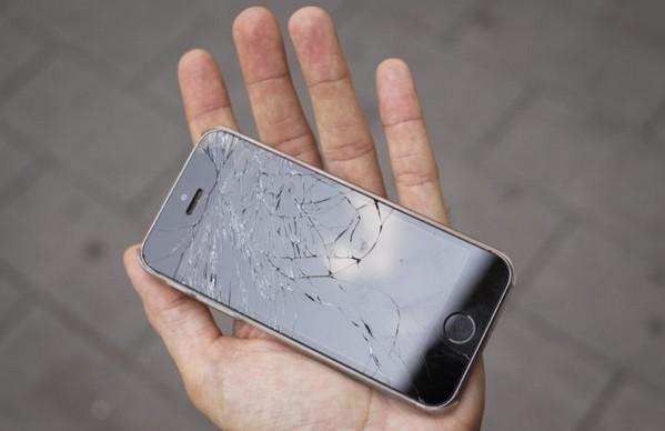 Apple 新專利曝光!iPhone「裝彈弓」可防止跌爛螢幕