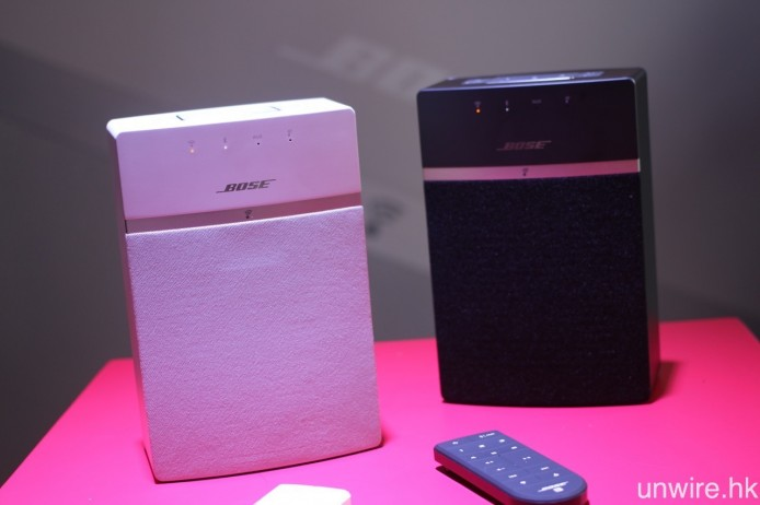 Bose SoundTouch 10 設有黑白二色選擇,體積為 SoundTouch 系列中最為細小的一部。