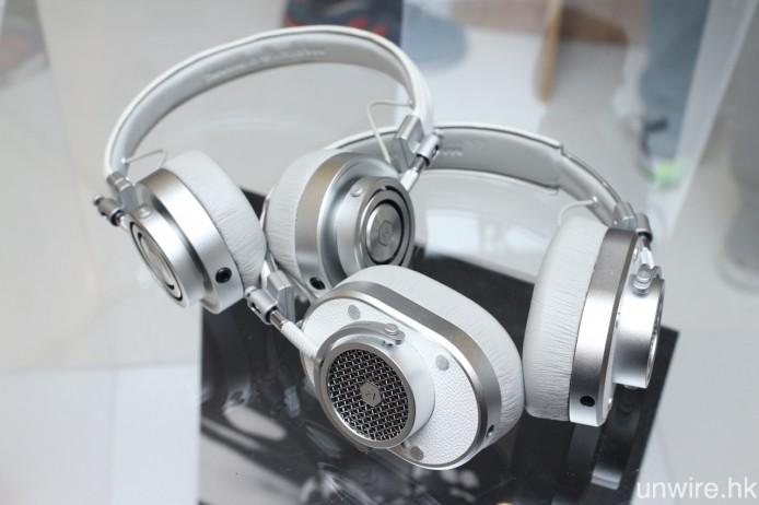 現有頭戴式耳筒型號 MH30 及 MH40,亦加推銀白色機身版本。