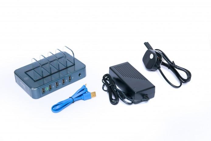 MiniQ Charging Station 5Q內附1條80 cm銅製數據傳輸線,減低電量流失,並支援Qualcomm® Quick Charge 2.0。