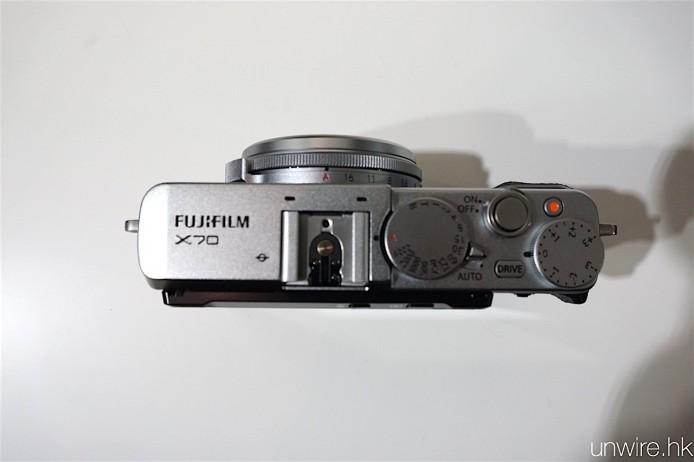 FujiflimJAN142