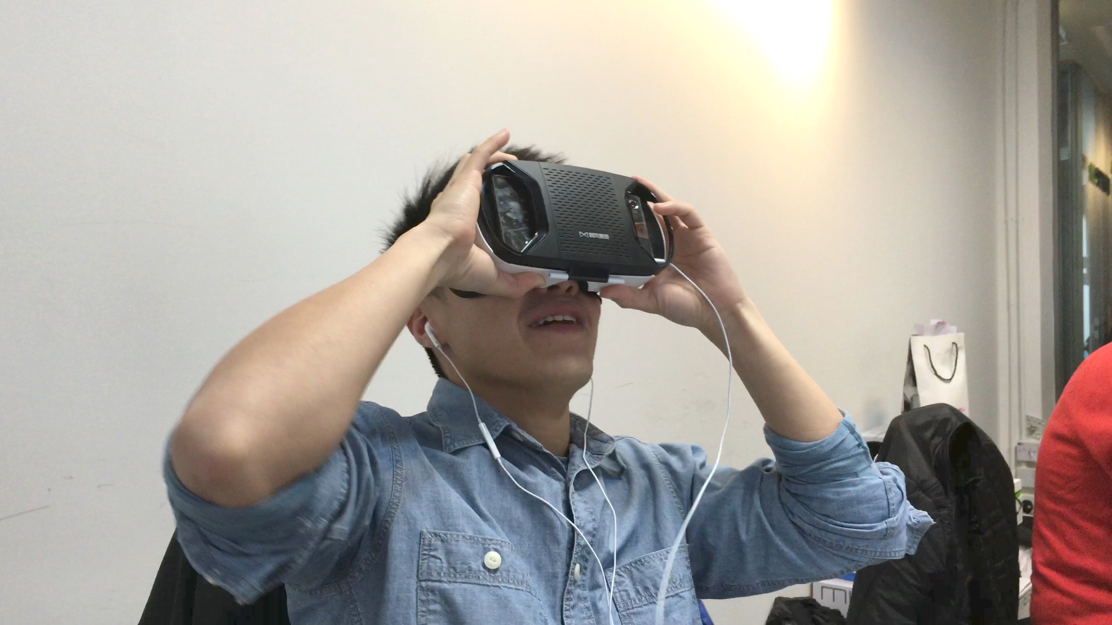 Pornhub 推出 VR 成人電影頻道 : 免費任睇 + 安裝及 VR 選購教學