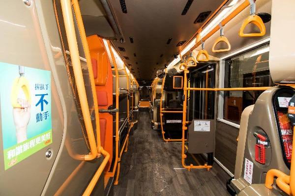 香港新機場巴士曝光!有 USB 充電位兼有雪櫃