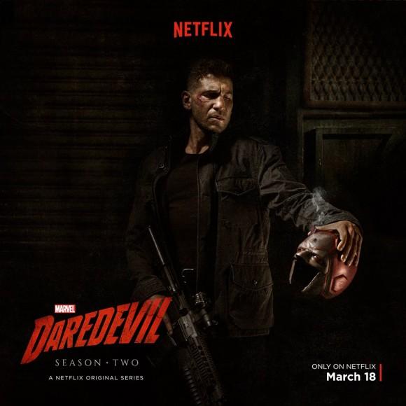 「Punisher」手執夜魔俠的頭套,是否代表後者的身份將會被他公諸於世?