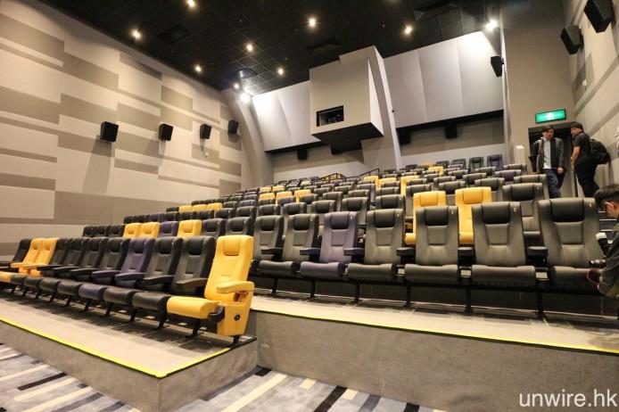 2 院(上圖)及 3 院(下圖)均只設投影系統,完全不設傳統放映機房。