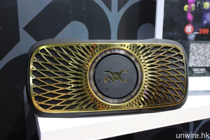 與 C 朗拿度聯乘之 ROC Live Life Loud 系列,亦將會加推藍牙無線頭戴式型號 ROC Sport Freedom 及藍牙背浮式喇叭 ROC Sport BackFloat,黑金外型一貫「C 朗」的搶眼喜好。