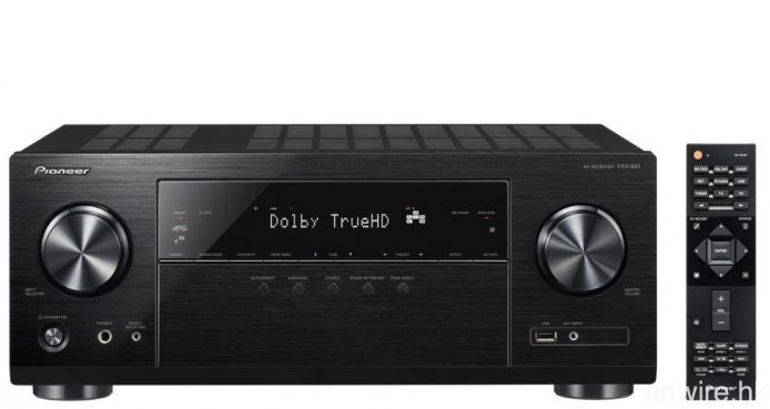 Pioneer 同期亦推出了 5.2 聲道擴音機 VSX-831,同樣支援傳輸 HDR 及 BT.2020 影像、串流播放 5.6MHz DSD 音樂檔,亦將透過韌體更新對應 Tidal 及 Google Cast,但由於僅為 5 聲道擴音機,因此不對應 DTS:X 及 Dolby Atmos 解碼。