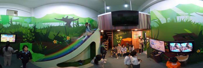 為了配合整個獎勵計劃的推行,浸信會天虹小學將部份休息室改建成以遊戲學習為主題的遊樂場,希望以獎勵引導同學積極學習。