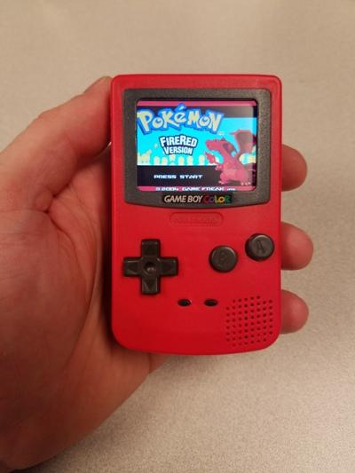 【DIY 高手出招】Burger King 玩具 + Raspberry Pi Zero = Game Boy Color Nano
