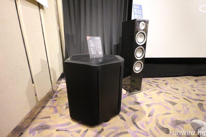 前置及中置用上 Paradigm Prestige 85F 及 55C,而超低音則為 Paradigm Sub 1。
