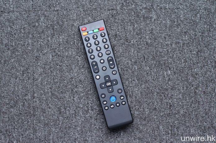 遙控器則為標準型設計。