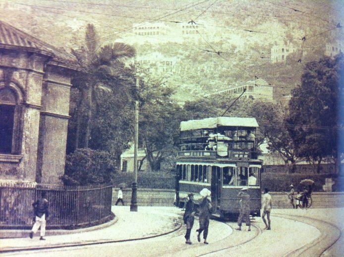 @Hong Kong Trams by Alan Cheung