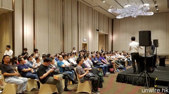 雖然舉辦日期是星期三晚上,但 80 個座位依然座無虛席,足證不少人都對 LG E6 這款 4K HDR OLED TV 的實際畫質甚感興趣。