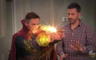 jimmy-kimmel-hires-dr-strange-for-a-birthday-party-mp4_snapshot_00-46_2016-10-21_19-42-59
