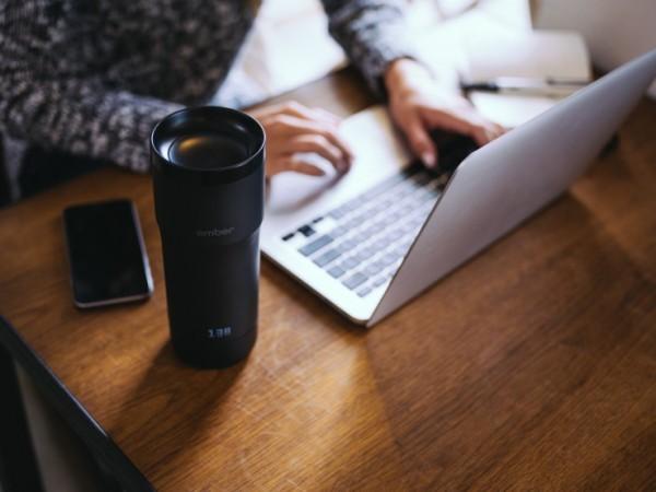 提高生活品味?Starbucks 推出新款保溫杯叫價過千港元一隻