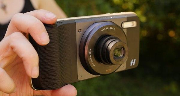 哈蘇 True Zoom 相機是其中一款搶眼的 Moto Mods