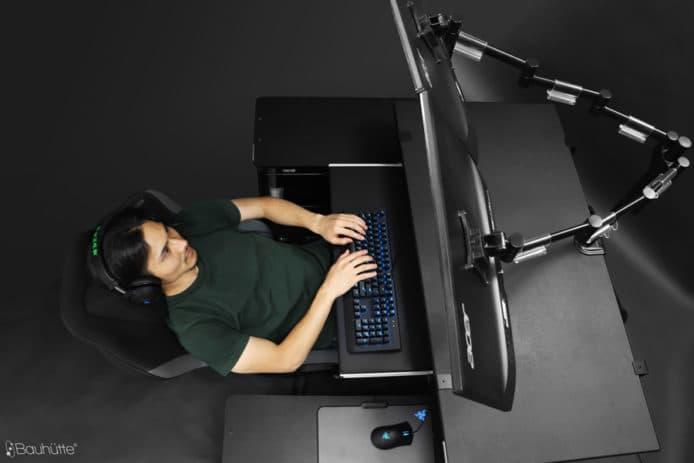 日本 Bauhutte 製「懶人 PC 枱凳」!特殊設計訓係度打機唔傷腰骨