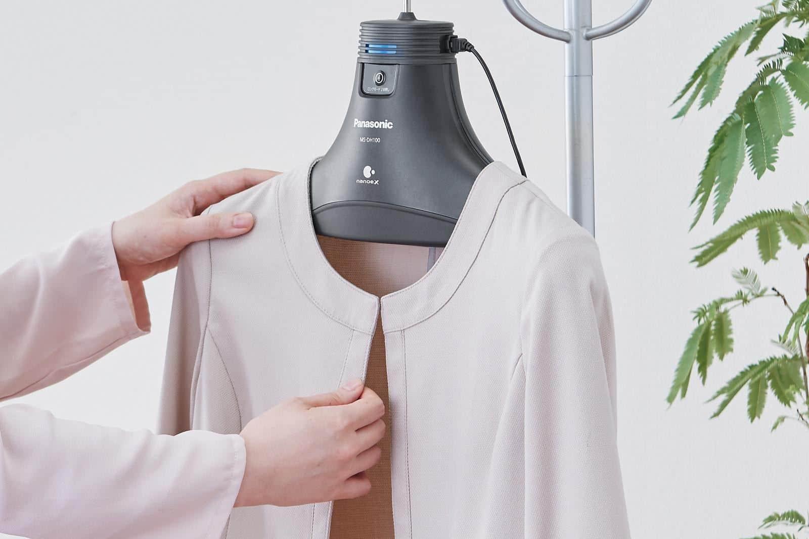 配備納米水離子技術 Panasonic 消臭衣架上市