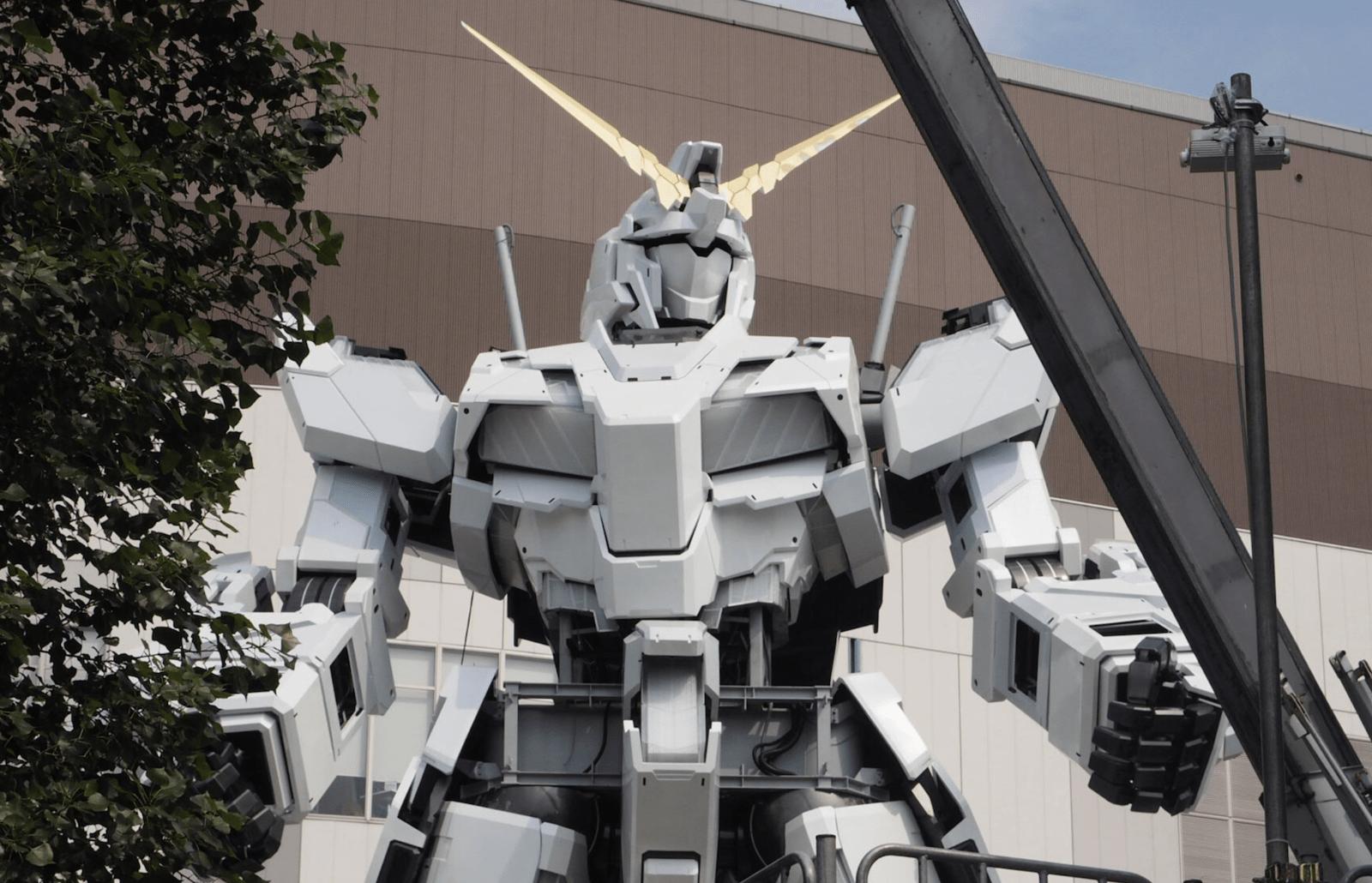 日本台場1:1獨角獸Gundam揭開面紗 手部、膝部活動部件裝上現雛形