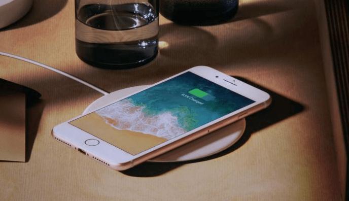 Airpower同時為iphone X 8 8 、apple Watch、airpods無線充電 Unwire Hk