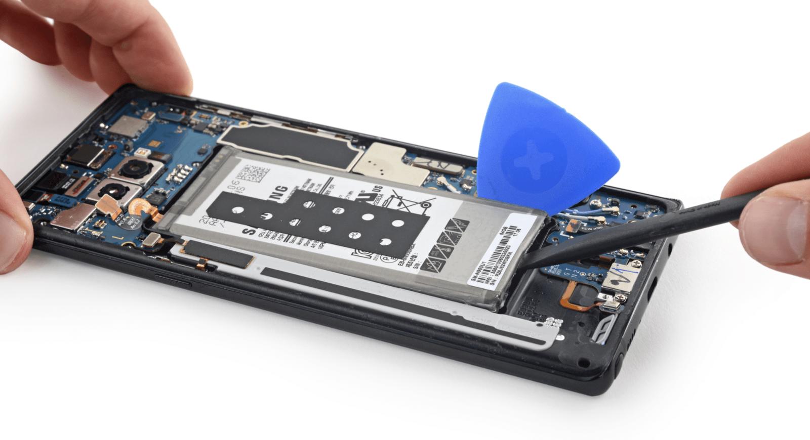Galaxy Note 8拆解報告出爐 電池留有足夠空間更安全