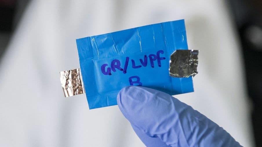 科學家研製: 4.0V 電壓水性鋰離子電池 不爆炸及起火