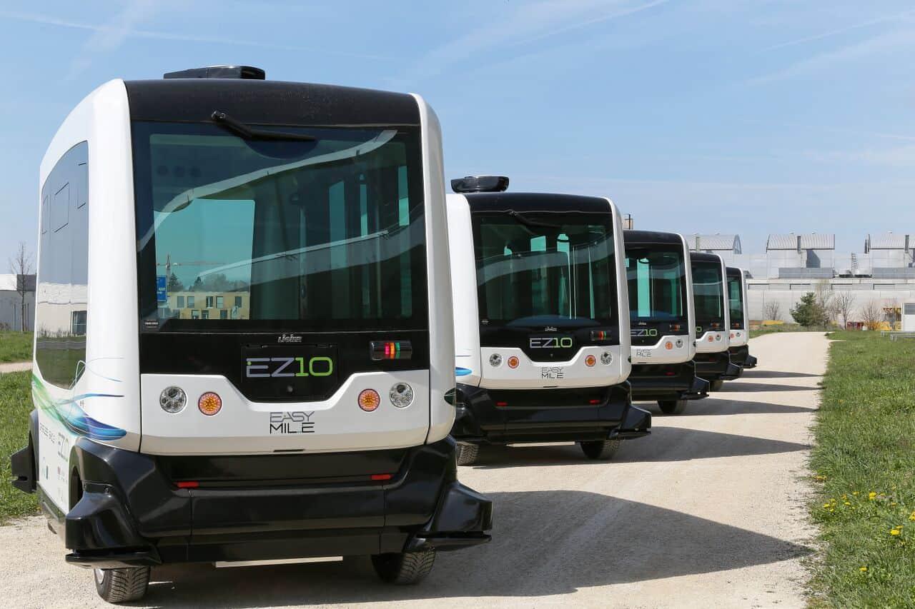 無人駕駛巴士 2022 新加坡投入服務