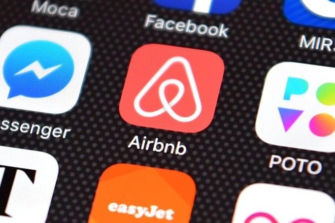 朋友去旅行啱晒!Airbnb 推出攤分支付功能