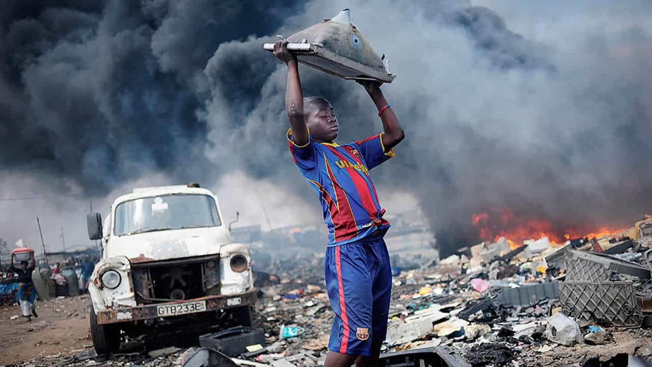 電子垃圾污染環境 德國攝影師推相集盼喚起注意