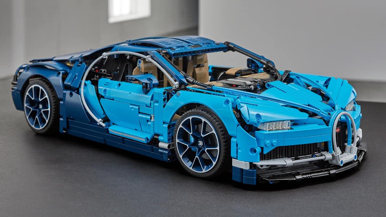 【有片睇】Lego Technic Bugatti Chiron 超跑登場 像真度高+機關位多