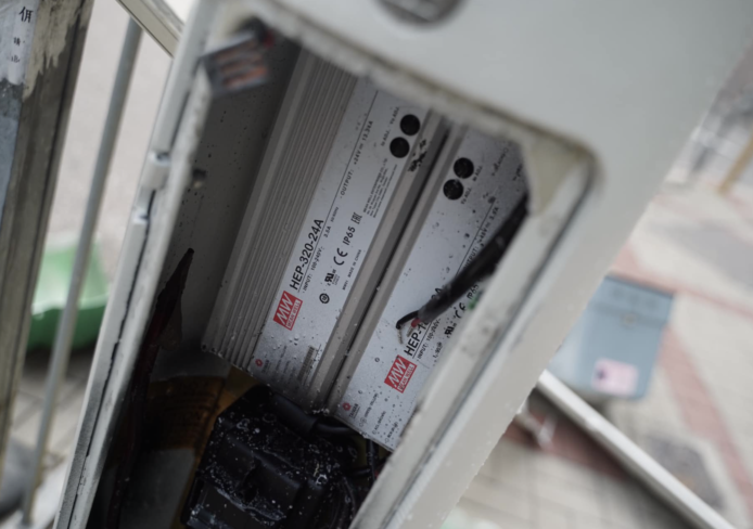 香港示威者智能灯柱配件质疑向中国传送监控数据,地政总署:只供发放灯柱地理位置