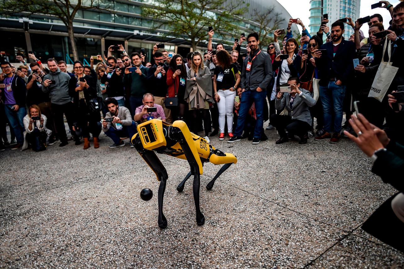 美麻省警察試用Spot機械狗 市民擔心被武器化、私隱問題